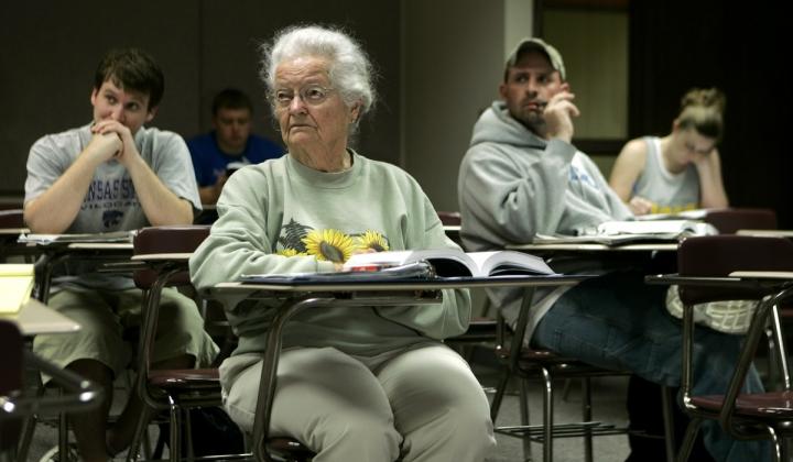 Kenalan Sama Mahasiswa-Mahasiswa Tertua di Dunia
