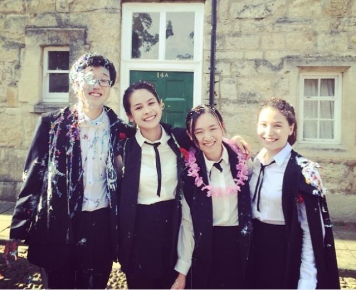 Ingin Kuliah di Inggris? Simak Pengalaman Maudy Ayunda, Gita Gutawa, dan Vidi Aldiano