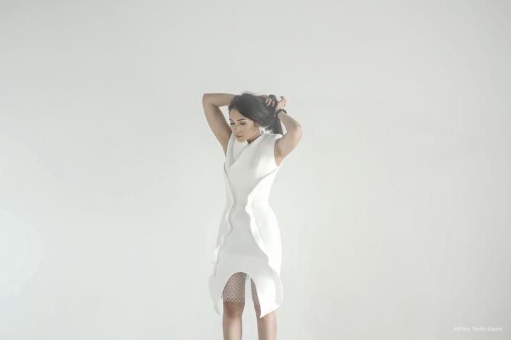 Ayla Dimitri - Cerita Tentang Dunia Fashion, Karier, dan Kerja Keras