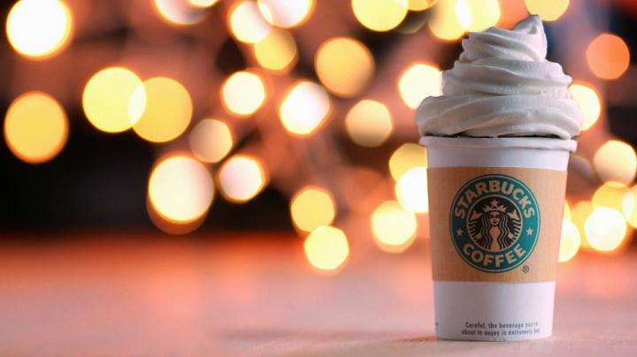 """10 """"Rahasia"""" Starbucks Dari Seorang Mantan Barista yang Perlu Kamu Ketahui"""