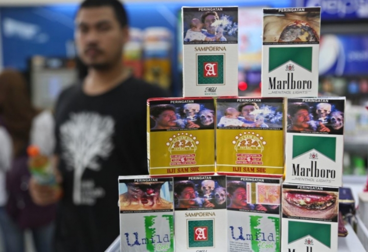 Harga Rokok di Indonesia Naik 10 Kali Lipat. Setuju?