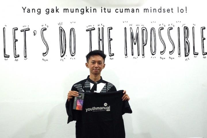 Ahmad Nurfadillah, Rela Menunda Kuliah Demi Membantu Teman-Teman SMA Sukses SBMPTN