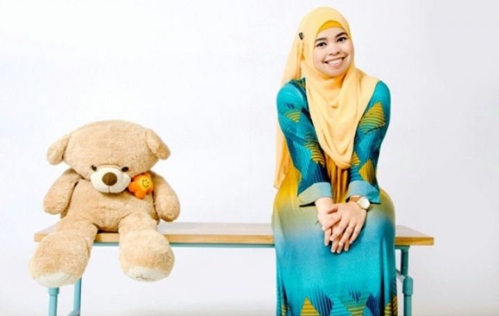 Profesiku: Teller Bank, Ida Raodah