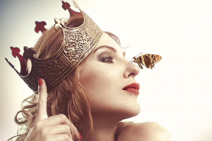 Apakah Kamu Seorang Drama Queen atau Drama King? Cek Kepribadian Kamu di Sini!