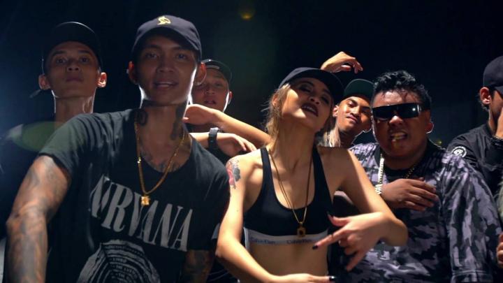 Ketika Video Klip 'Bad'-nya Younglex dan Awkarin Perlu Direvisi, Hadirlah 'Good'