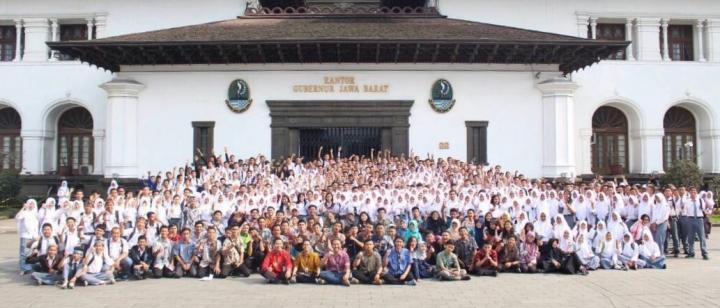 Kenalan sama Forum OSIS Jawa Barat, Organisasi Luar Kelas yang Memberi Banyak Manfaat dan Keren Abis!
