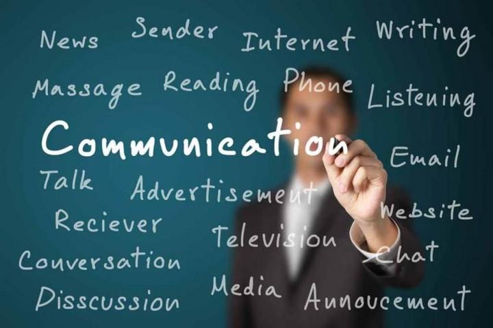 """""""Ugly Truth"""" dan Tantangan Kuliah Jurusan Komunikasi"""