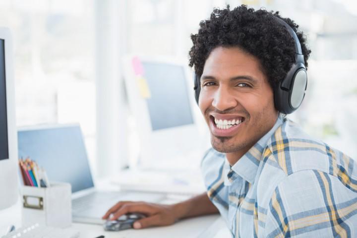10 Lagu yang Bisa Meningkatkan Produktivitas Menurut Penelitian