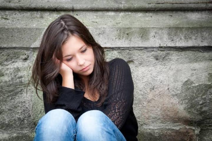7 Cara Mengurangi Kebiasaan Baper a.k.a Bawa Perasaan!
