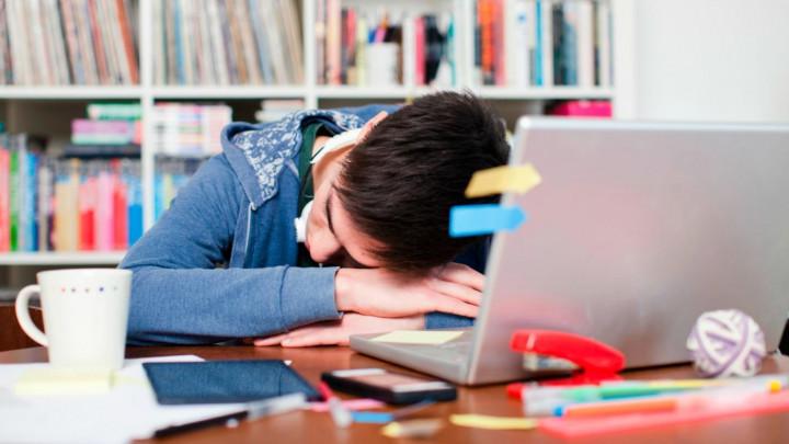 5 Tips Tetap Produktif Saat Sedang Menjalani Kuliah Online
