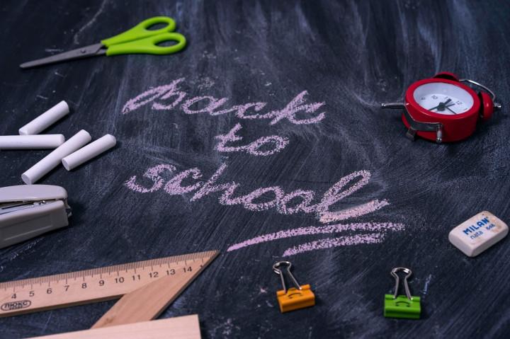Skenario Tahun Ajaran Baru 2020/2021: Belajar dari Rumah, Jaga Jarak di Sekolah, atau Diundur Tahun Depan?