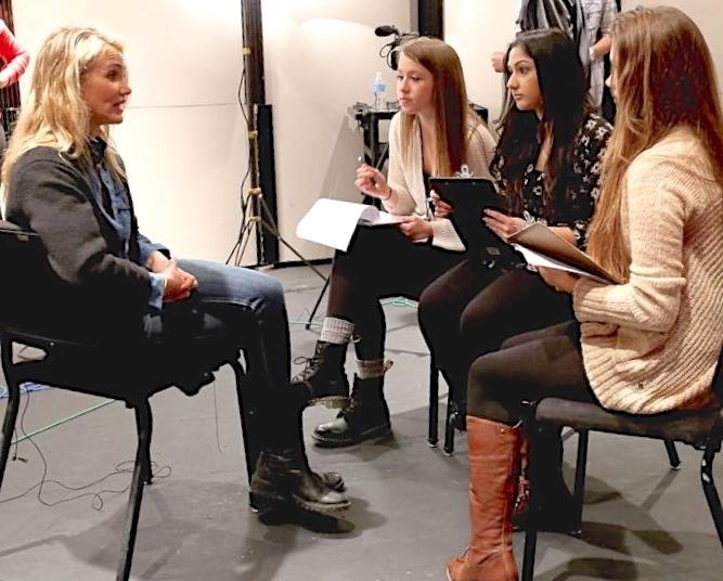 wawancara artis