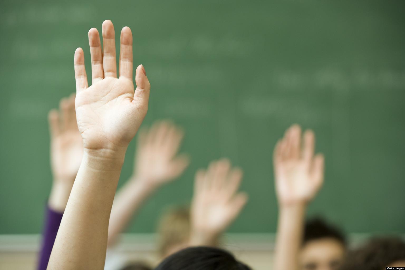 angkat tangan