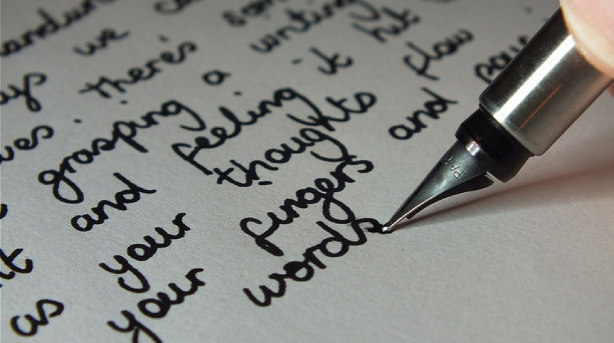hobi menulis